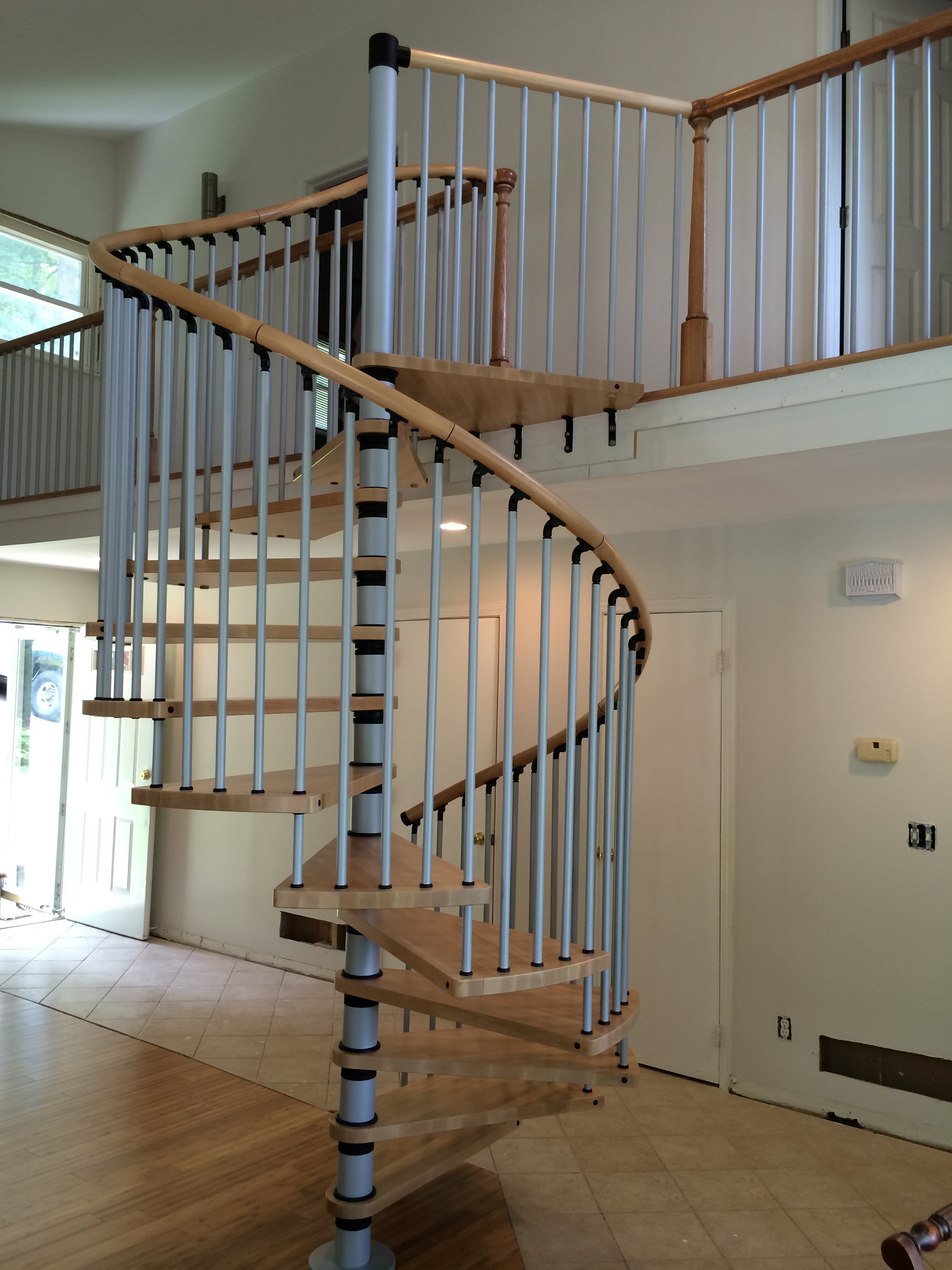 Homepage stair solution for Square spiral staircase plans hall